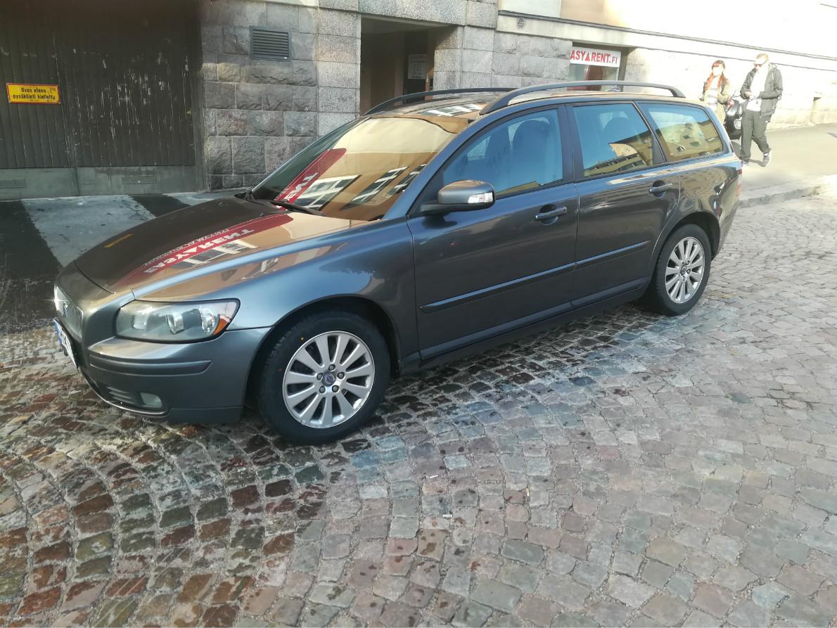 Easyrent farmariautot Volvo Harmaa